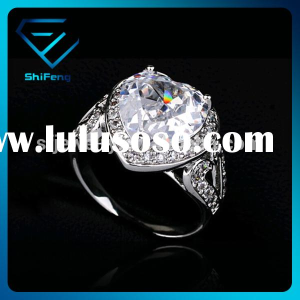 Hot Selling Cheap 18K White Gold Plated Heart Shaped CZ Diamond Engagement Ring