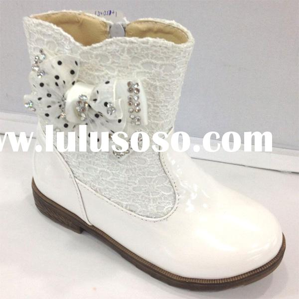 Latest High Quality PU Fashion Lovely Snow White Short Boots for Kids Girls from Guangdong Factory