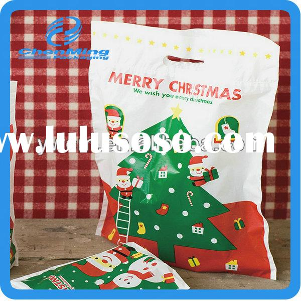 China Yiwu cheap Christmas gift plastic pe bags with handle