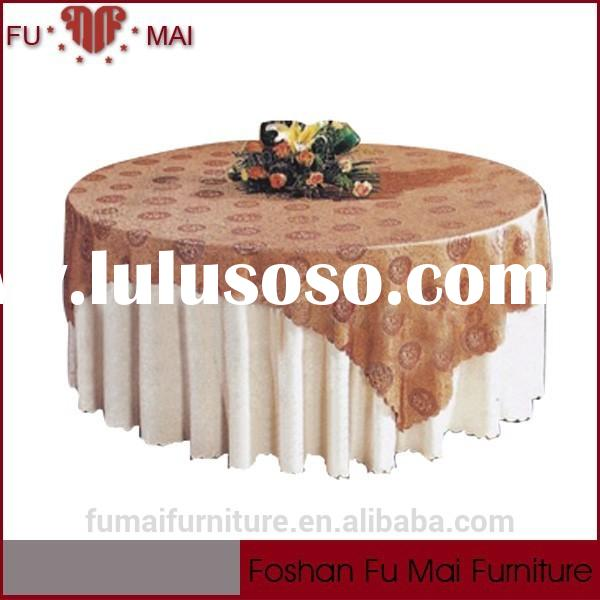 Machine made good quality alibaba cheap banquet table skirting/table skirting designs