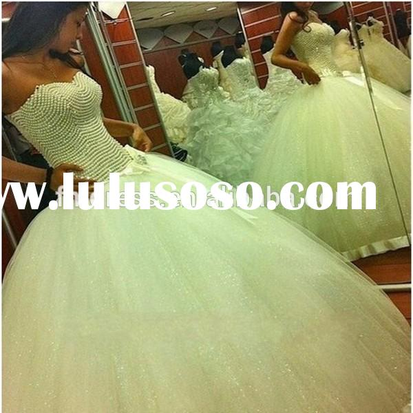 Sweetheart Pearls Lace Up Back Puffy Princess Ball Gown Wedding Dress 2015 ME046