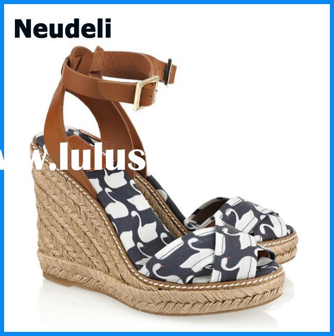 China Wholesale Wedge High Heels Women Sandals with Cheap Price